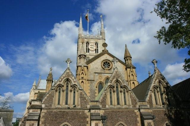 Southwark cathedral - London church